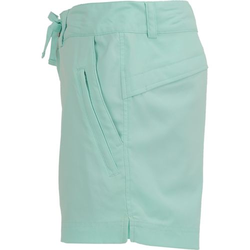 Magellan Outdoors Women's Falcon Lake 5 in Bermuda Short - view number 4