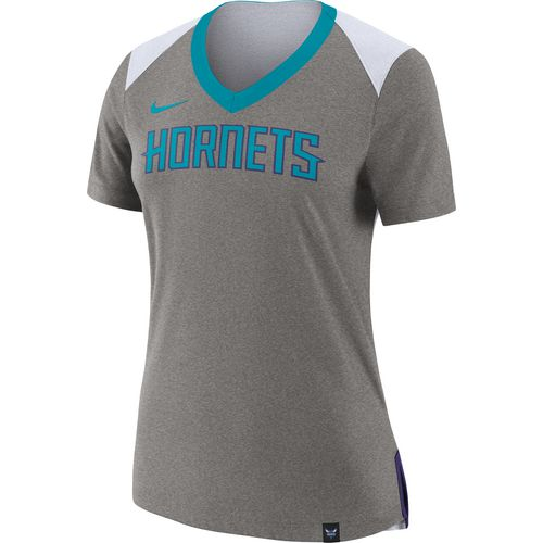 Nike Women's Charlotte Hornets Basketball Fan Top T-shirt