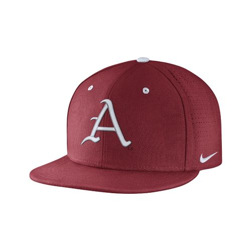 Nike™ Men's University of Arkansas True Vapor Fitted Cap