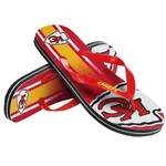 Forever Collectibles™ Kids' Kansas City Chiefs Wordmark Stripe Flip-Flops