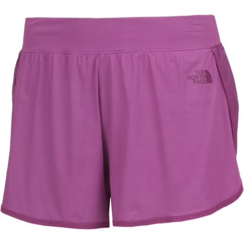 The North Face Women's Mountain Athletics Versitas Short - view number 3