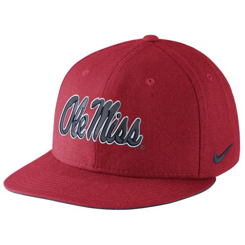 Nike™ Men's University of Mississippi Players True Snapback Cap