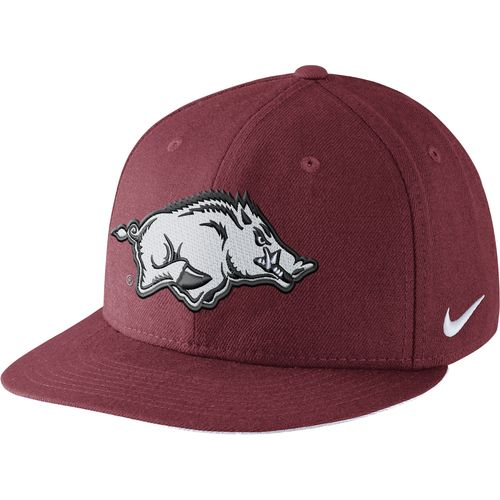 Nike™ Men's University of Arkansas Players True Snapback Cap