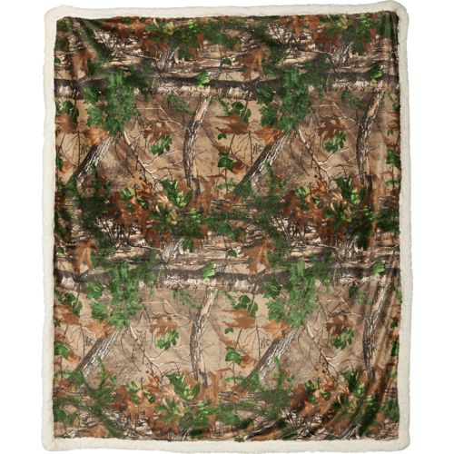 Magellan Outdoors™ Realtree Xtra® Mink Sherpa Blanket