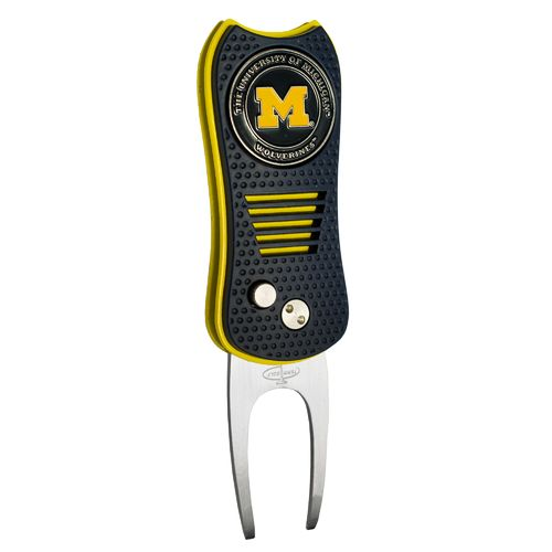 Team Golf University of Michigan Switchfix Divot Tool