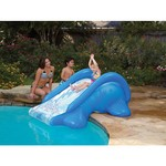 Splashin' Fun™ Inflatable Poolside Slide