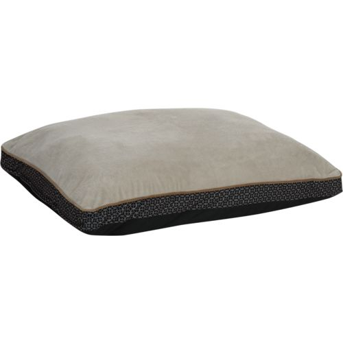 Magellan Outdoors™ Circle Grid Gusseted Pet Bed