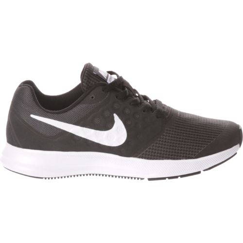 Display product reviews for Nike Boys' Downshifter 7 GS Running Shoes