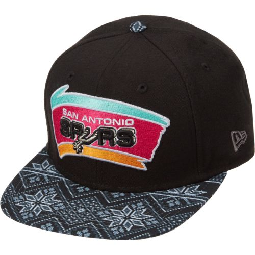 New Era Men's San Antonio Spurs 9FIFTY® Print Play Sweater Cap