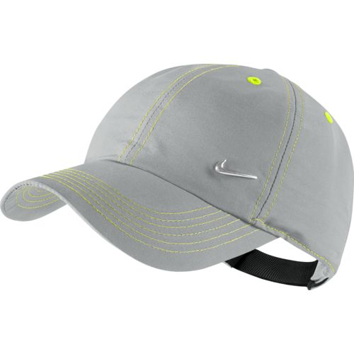 Display product reviews for Nike Boys' Young Athletes Metal Swoosh Cap