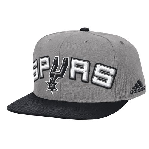 adidas™ Men's San Antonio Spurs Authentic On-Court Snapback Ball Cap