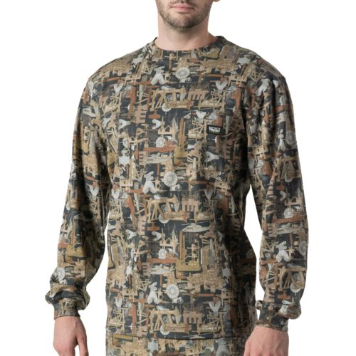 Walls Men's Oilfield Camo Long Sleeve Pocket T-shirt
