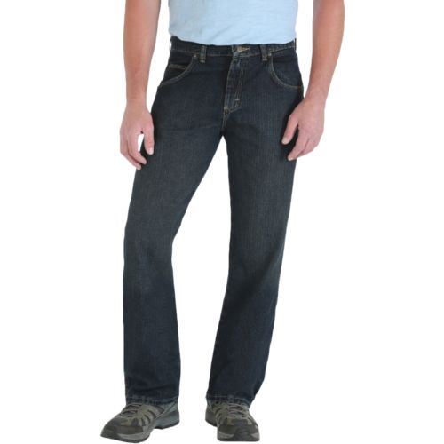 Display product reviews for Wrangler Rugged Wear Men's Relaxed Straight Fit Jean
