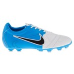 Nike Boys' JR CTR360 Libretto 2 Soccer Cleats