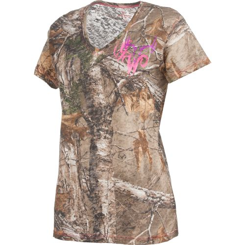 Game Winner  Women s Realtree Xtra  Burnout V-neck T-shirt