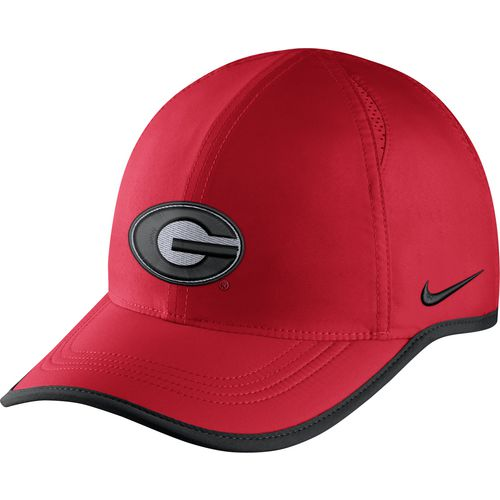 Nike Men's University of Georgia COL Featherlight Cap
