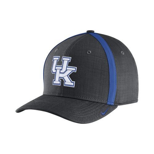 Nike™ Men's University of Kentucky AeroBill Sideline Coaches Cap