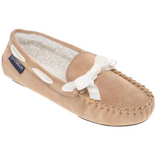 Magellan Outdoors Women's Basic Moc Slippers - view number 2