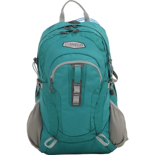 Display product reviews for Magellan Outdoors Ponderosa 30L Hydration Pack