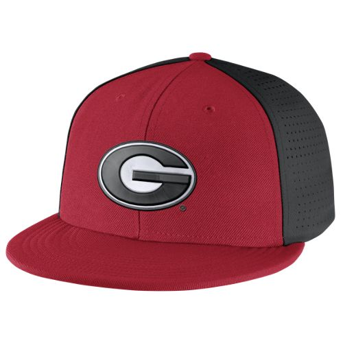 Nike™ Men's University of Georgia Players True Swoosh Flex Cap