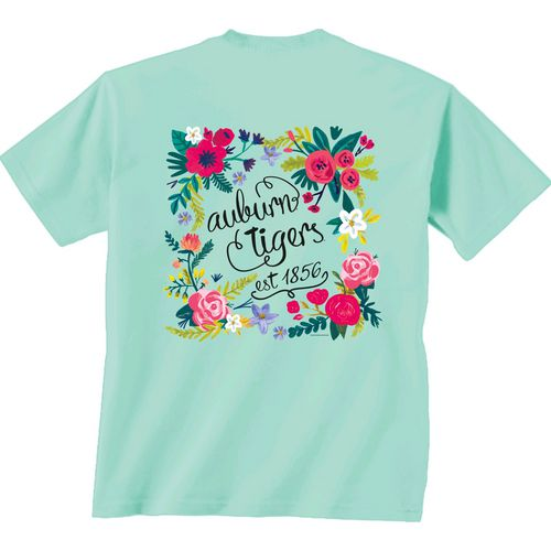 New World Graphics Women's Auburn University Comfort Color Circle Flowers T-shirt