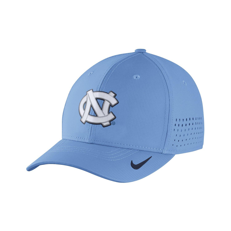 Nike™ Men's University of North Carolina Classic99 Swoosh