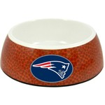 GameWear New England Patriots Classic NFL Football Pet Bowl