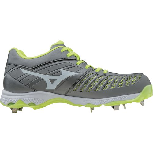 0e06ed3160c Softball Cleats