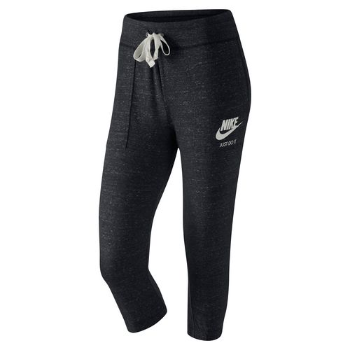Display product reviews for Nike Women's Gym Vintage Capri Pant