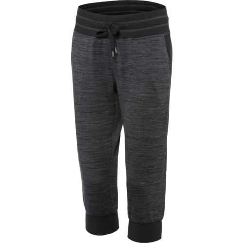 BCG™ Women's Studio Spaced Heather Cuffed Capri Pant