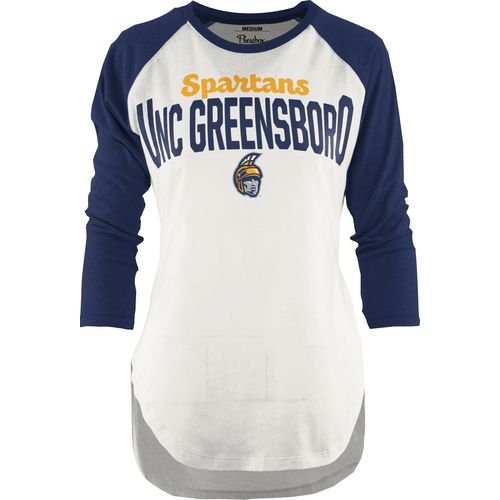 Three Squared Juniors' University of North Carolina at Greensboro Quin T-shirt