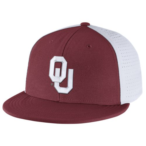 Nike™ Men's University of Oklahoma Players True Swoosh Flex Cap