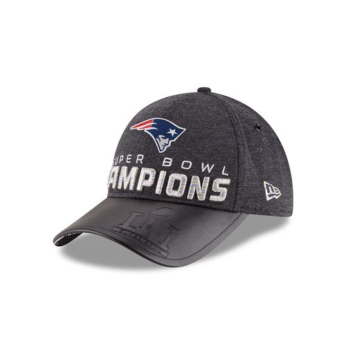 New Era Men's New England Patriots 9FORTY Super Bowl LI Champions Locker Room Cap