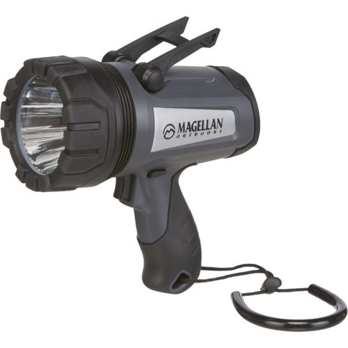 Display product reviews for Magellan Outdoors 1,000-Lumen LED Spotlight