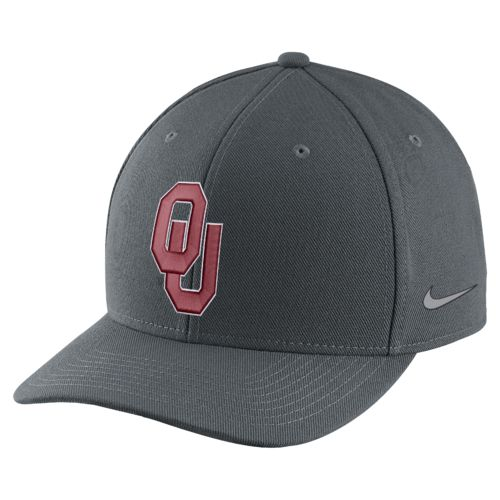 Nike™ Men's University of Oklahoma Sugar Bowl 2017 Champs Cap