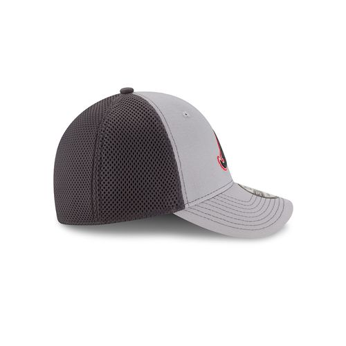 New Era Men's Atlanta Braves 39THIRTY Grayed Out Neo 2 Cap - view number 5
