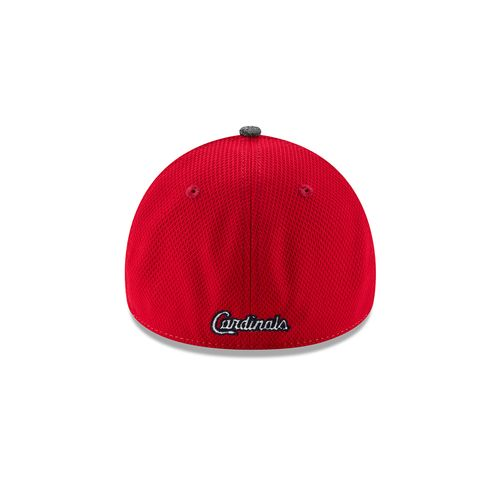 New Era Men's St. Louis Cardinals Shadow Blocker 39THIRTY Cap - view number 2