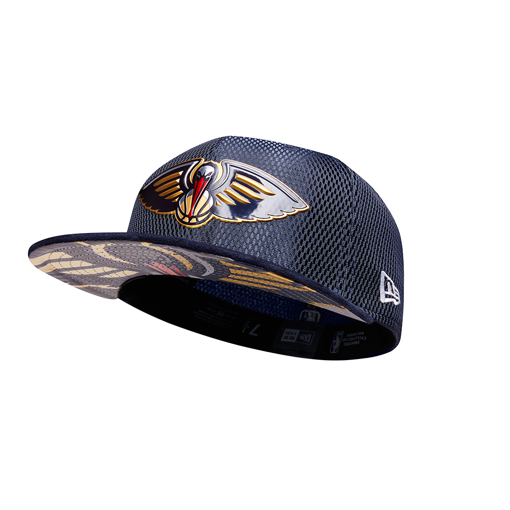 New Era Men's New Orleans Pelicans 59FIFTY Team On Court Cap - view number 4
