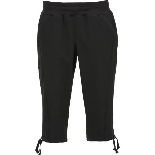 BCG Women's Stretch Woven Capri Pant