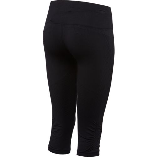 BCG Women's Seamless Training Capri Pant - view number 2