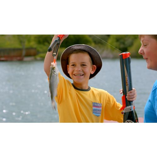 Goliath games rocket 2 39 7 kids 39 spincast rod and reel for Rocket fishing rod video