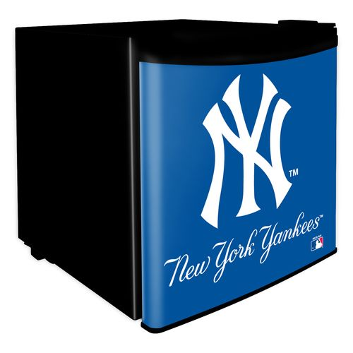 Boelter Brands New York Yankees 1.7 cu. ft. Dorm Room Refrigerator