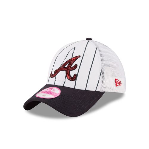 New Era Women's Atlanta Braves Truck Lust 9TWENTY® Cap
