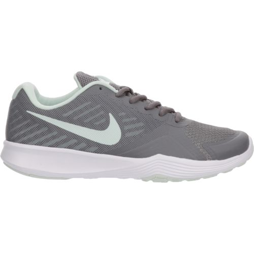 Display product reviews for Nike Women's City Training Shoes