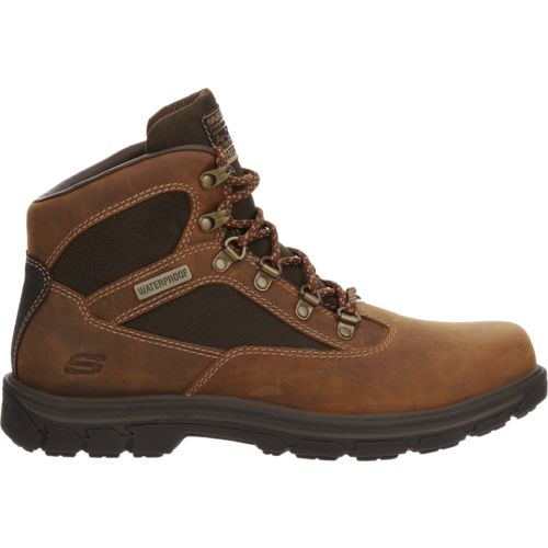 SKECHERS Men's Relaxed Fit Segment Mixon Boots