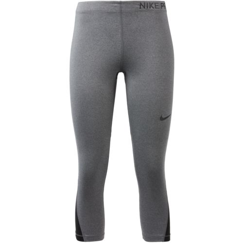 Display product reviews for Nike Women's Pro Capri Pant