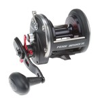 Penn Defiance™ 30 Conventional Reel Right-handed