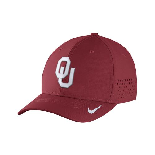 Nike™ Men's University of Oklahoma Classic99 Swoosh Flex Cap