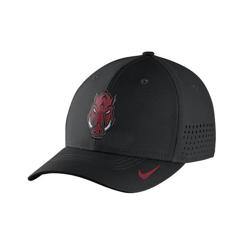 Nike™ Men's University of Arkansas Classic99 Swoosh Flex Cap