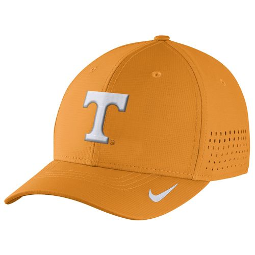 Nike™ Men's University of Tennessee Classic99 Swoosh Flex Cap